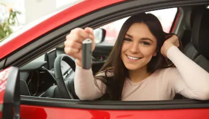 Cum-poti-stii-daca-este-mai-bine-sa-cumperi-masina-sau-sa-o-iei-in-leasing