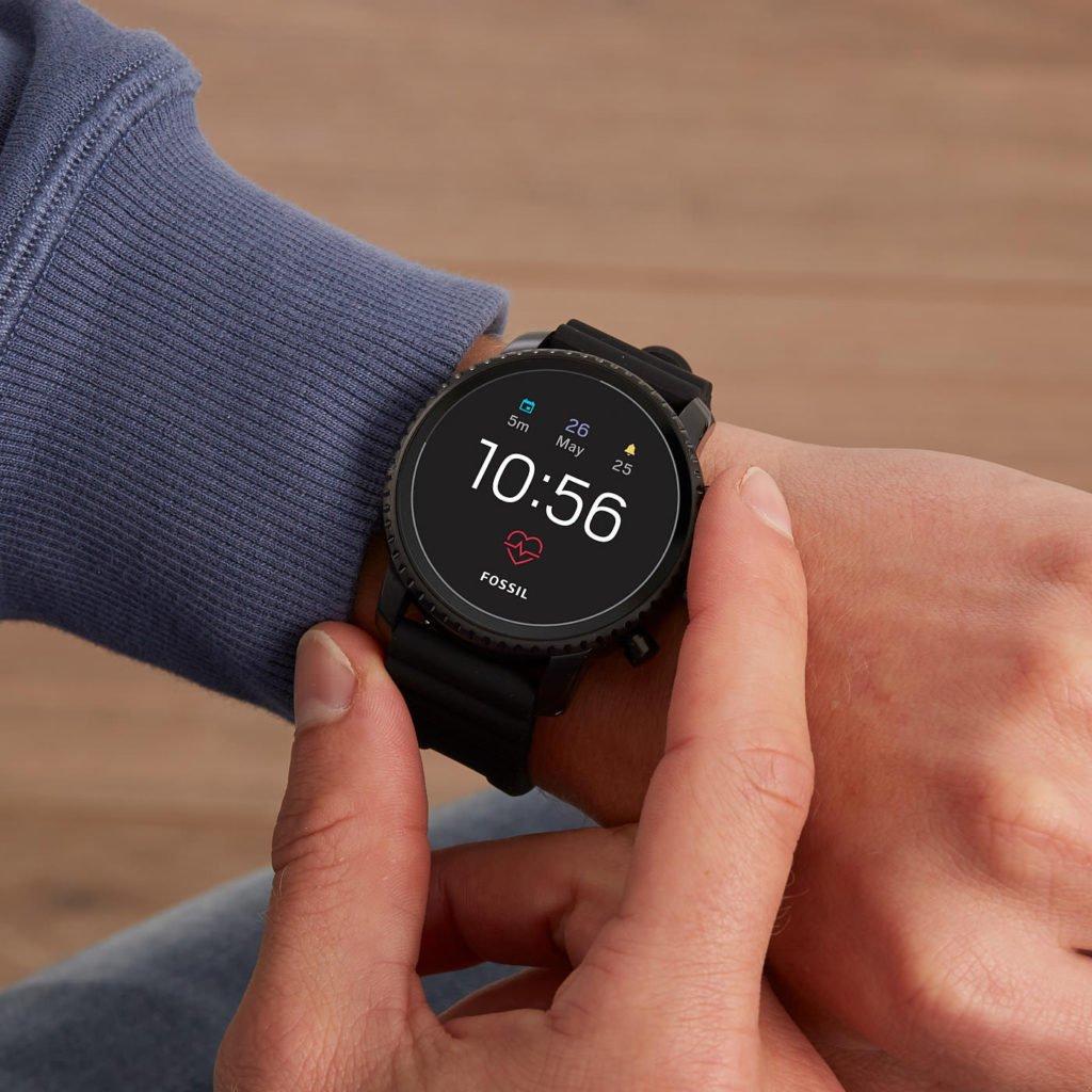 Cum aleg ceasul inteligent potrivit?